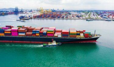 Com aumento do frete no setor portuário, mercadorias ficaram mais caras, chegam atrasadas nos portos brasileiros e época de Natal pode está comprometida